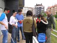 Participantes en el curso Ayúdame a mirarte: curso de acercamiento a personas con discapacidad visual.