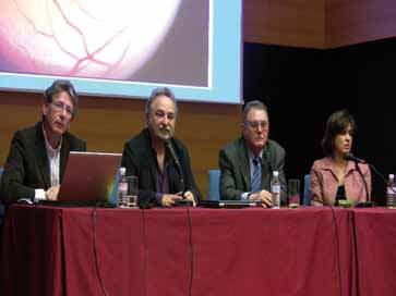 Mesa de la ponencia del Dr.Enrique de la Rosa