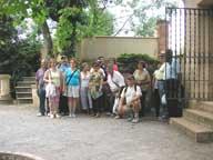 Participantes en una excursión al Botánico