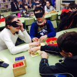 niños durante los juegos interactivos de la sesión