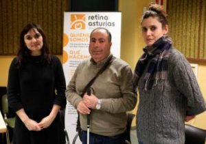 Por la izquierda, Salomé Huerdo, Andrés Mayor y Eugenia Pañeda,