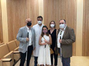 Noa, su madre,Ana, Andrés Mayor, el Dr. Jaume Catala y David Sanchez.